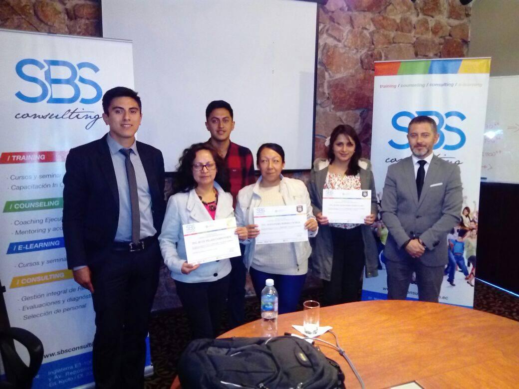 Seminario Taller de Compras Públicas y Ushay (Cuenca)