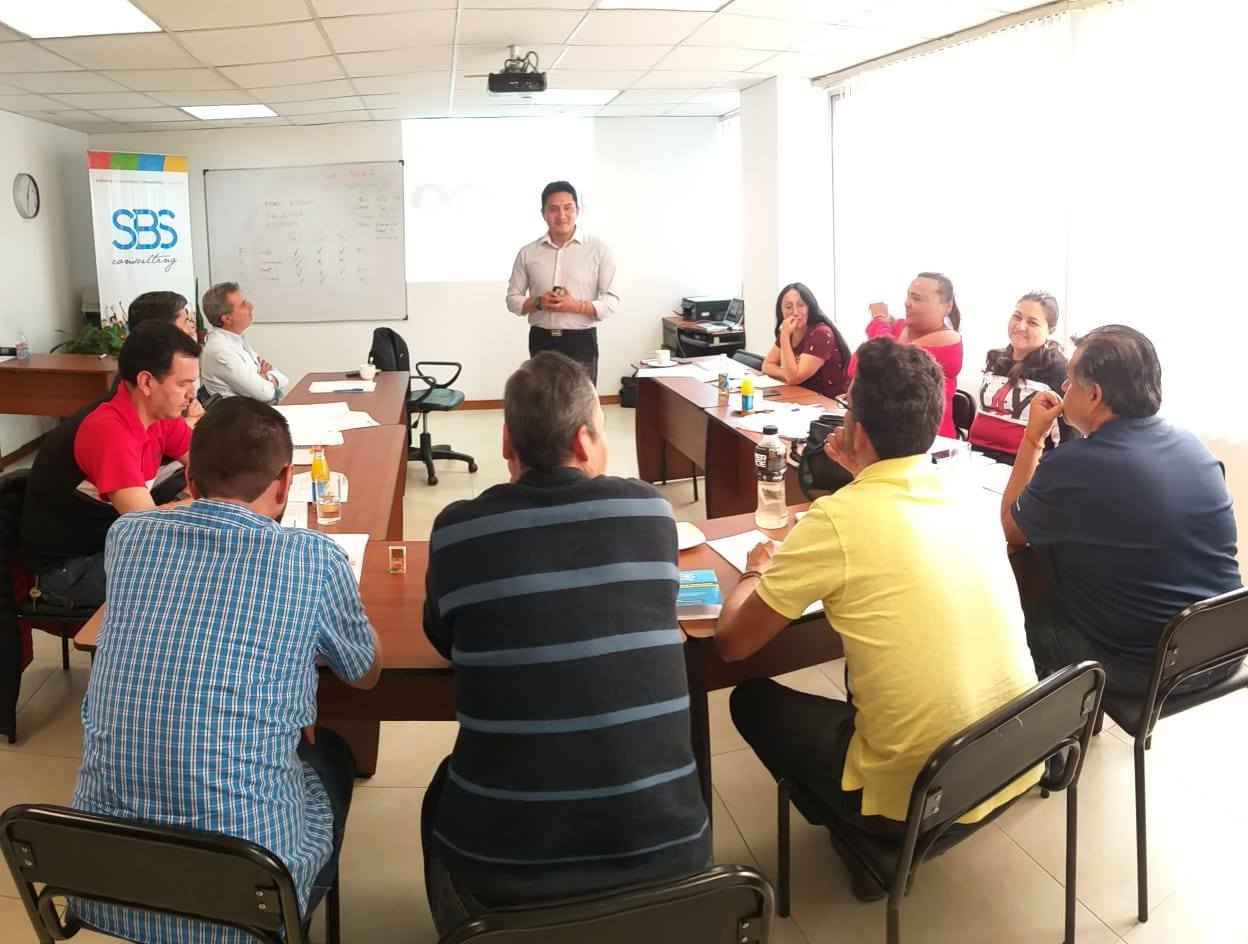 Seminario Liderazgo y Gerencia para Mandos Medios (Quito)